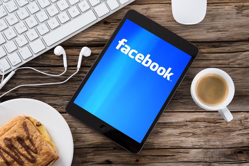 Facebook Ansicht auf Tablet